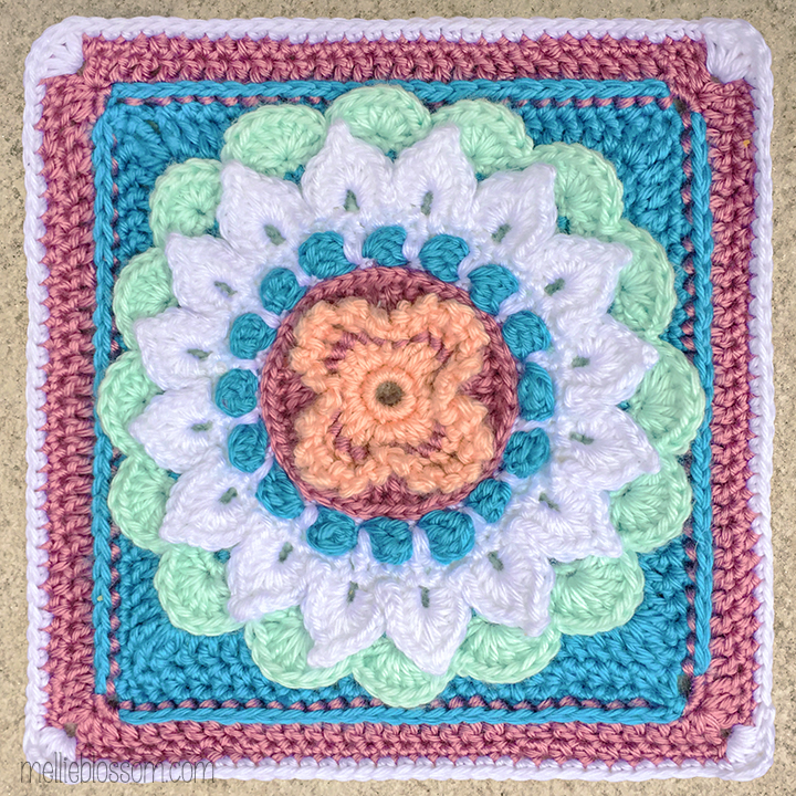 Crochet in pink and blue: Audrey Crochet Square - mellieblossom.com