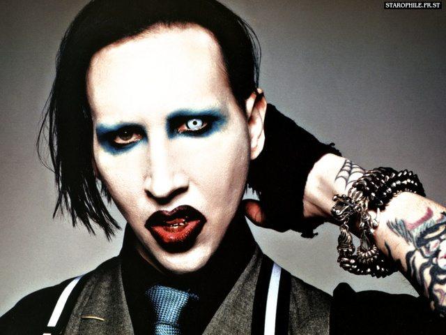 Il nuovo disco di Marilyn Manson dovrebbe uscire in estate
