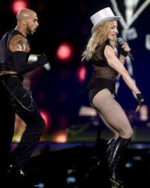 Le foto di Madonna durante lo Sticky and Sweet tour di Milano - 15