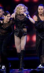 Le foto di Madonna durante lo Sticky and Sweet tour di Milano - 20