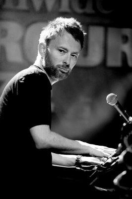 Nuova band per Thom Yorke, con lui anche Flea