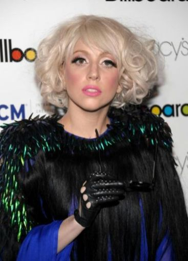 lady-gaga-billboard-5