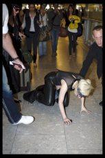 Lady GaGa atterra a Heathrow 3