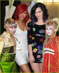 Rihanna e Katy Perry 6