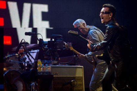 Bono e Adam Clayton