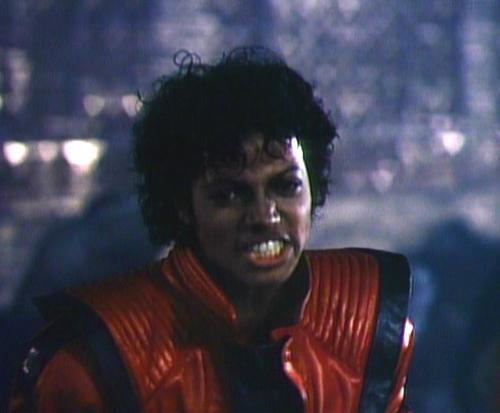 """Michal Jackson, all'asta la giacca rossa del video di """"Thriller"""""""