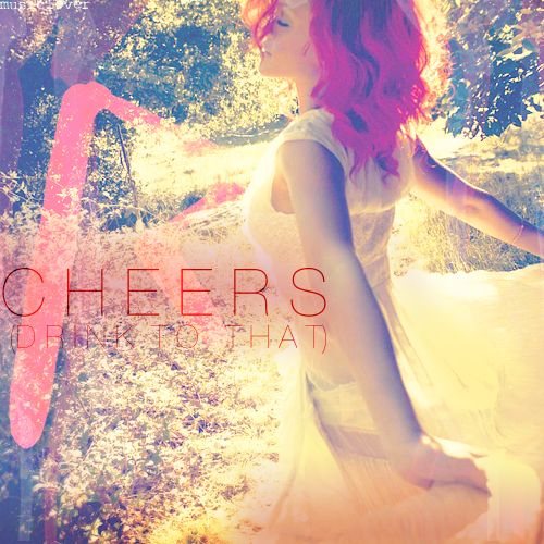 """Rihanna, il video ufficiale di """"Cheers (Drink To That)"""""""