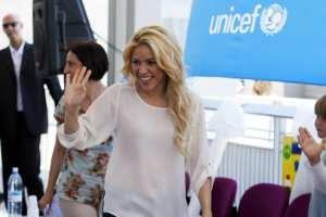 Shakira impegnata in un evento benefico
