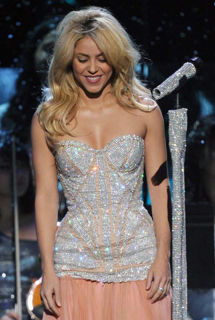 """""""A Day with Shakira"""" nei cinema il concerto Live From Paris"""