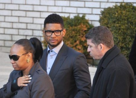 Usher ai funerali di Heavy D | © Mike Coppola/Getty Images