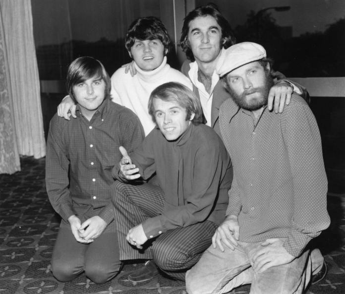 Beach Boys ai Grammy Awards con Maroon Five e Foster The People