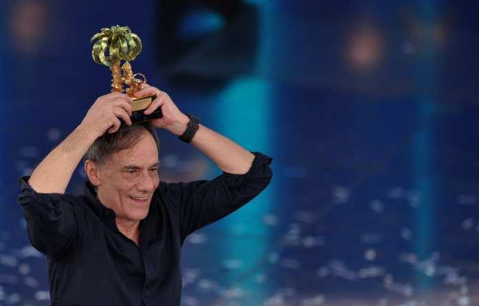 """Roberto Vecchioni: """"Sanremo 2012? Nemmeno per sogno"""""""