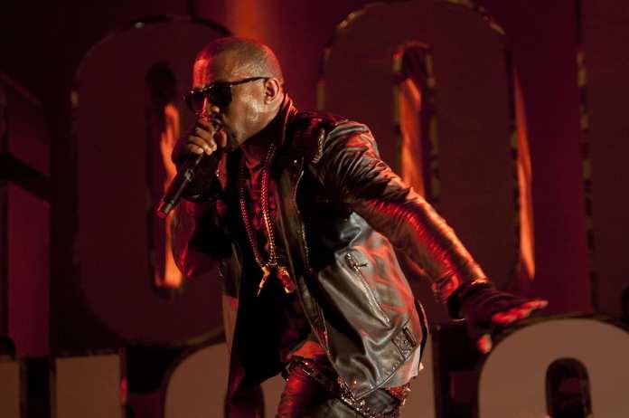 "Kanye West, l'ascolto di ""Theraflu"". A breve il nuovo album ""G.O.O.D."""