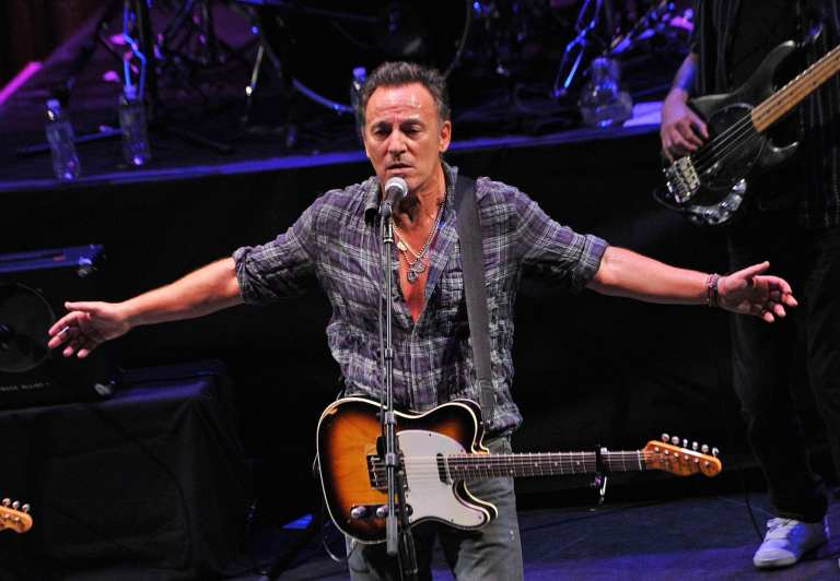 """Bruce Springsteen """"We Take Care of Our Own"""", il video"""