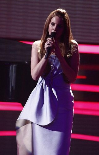 Lana Del Rey agli Echo Awards 2012 | © Andreas Rentz/Getty Images