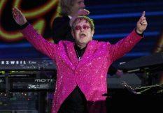 Elton John rigrazia il pubblico | © Dan Kitwood/Getty Images