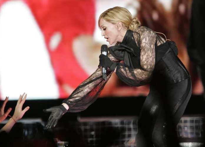 """Madonna all'Olimpico di Roma: """"C'è solo una regina"""". Il reportage"""