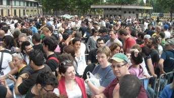 Fan in fila per l'accesso alla Zona Pit | © A. Moraca