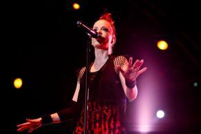 Shirley Manson - Garbage Live   © Henry Ruggeri