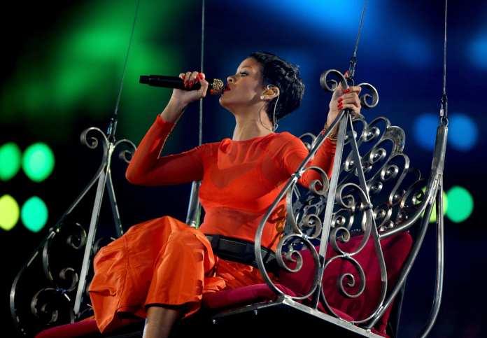 MTV EMA 2012, le nomination: corsa a due fra Taylor Swift e Rihanna