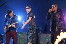 Coldplay, Rihanna e Jay Z sul palco
