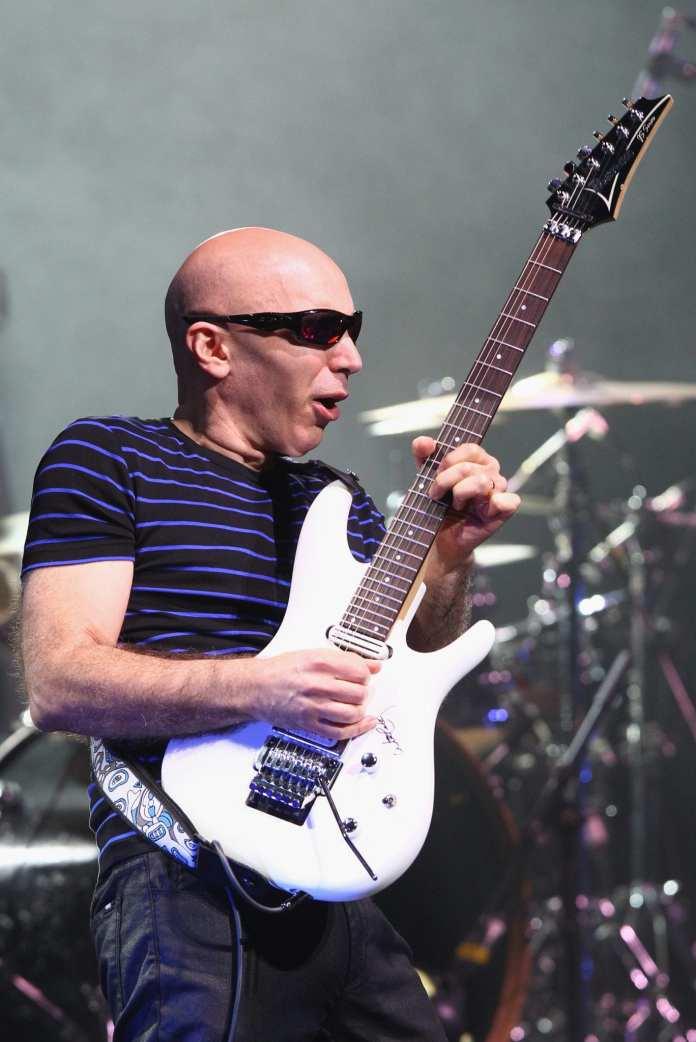 Joe Satriani promuove il suo nuovo disco con 6 date in Italia