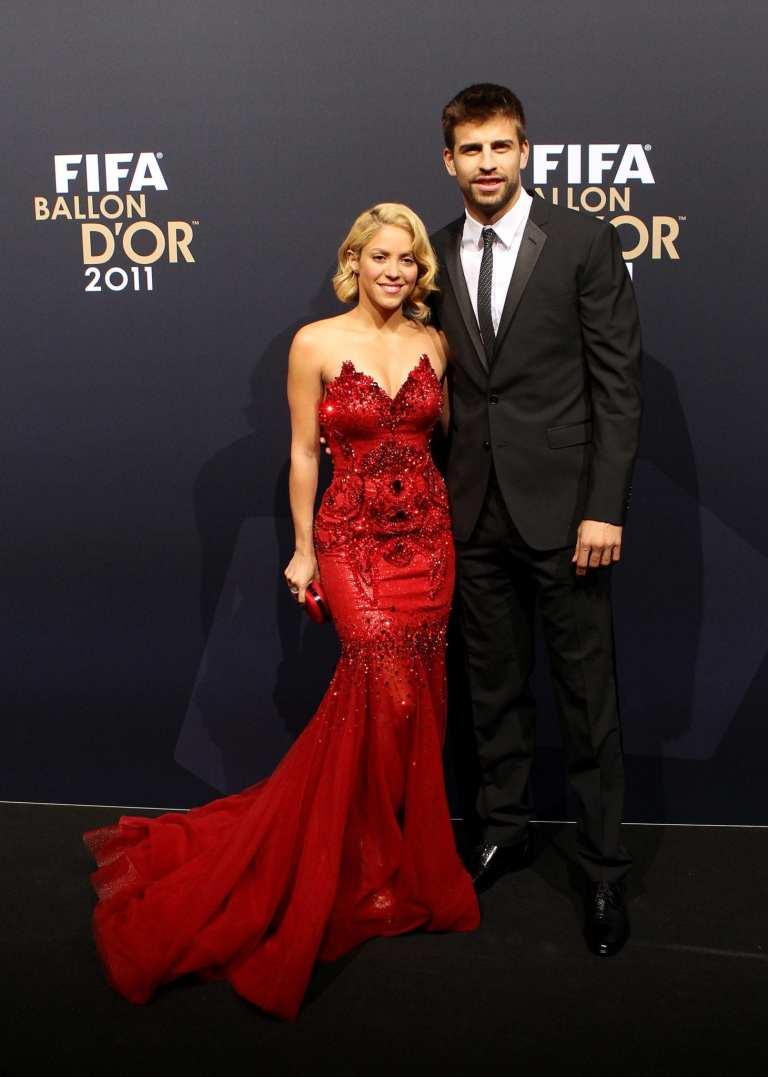 Shakira e Piqué pubblicano su Twitter la foto del bebè in arrivo