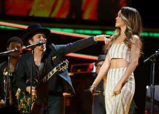 Bruno Mars & Rihanna | © Christopher Polk/Getty Images