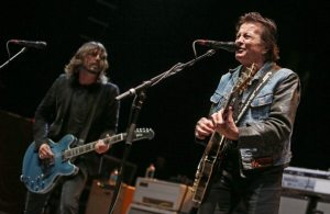 Dave Grohl - Lee Ving. Sound City Players | © Mike Lawrie/Getty Images
