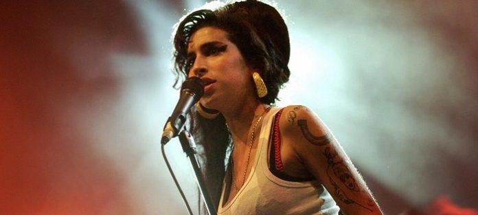 I 30 anni di Amy Winehouse, la musica si prepara a ricordarla