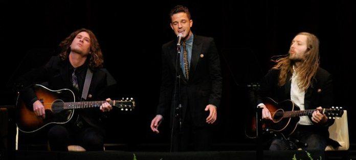 """The Killers, codice Morse per rivelare nuovo brano """"Shot At The Night"""""""