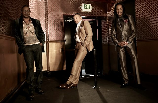 Earth, Wind & Fire: un brano in duetto con Mario Biondi
