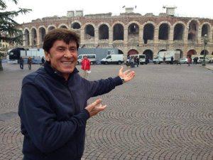 Gianni Morandi all'Arena di Verona   © Facebook Official Page