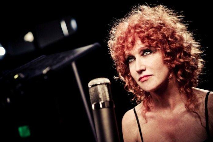 """Fiorella Mannoia canta Dalla in """"A te"""" Live a Roma"""