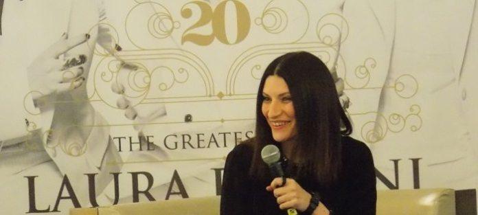 """Laura Pausini presenta """"20 The Greatest Hits"""": """"Adesso sono felice"""""""