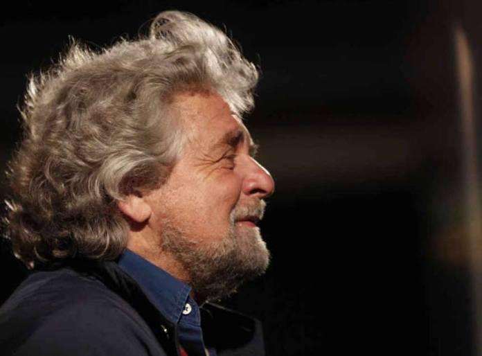 Beppe Grillo a Sanremo. Il leader del M5S fa tremare l'Ariston