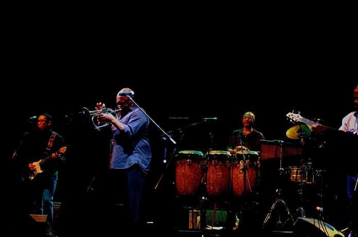 Hugh Masekela in concerto a Napoli - © Angelo Moraca