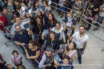 """Negramaro firmacopie di """"La rivoluzione sta arrivando"""" - Ipercity di Albignasego Padova"""