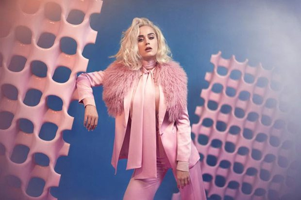 """Katy Perry: """"Chained to the rhythm"""" è già successo mondiale"""