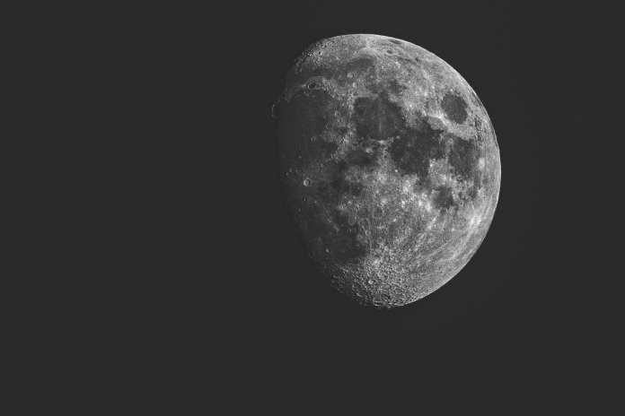 25 canzoni che parlano della luna