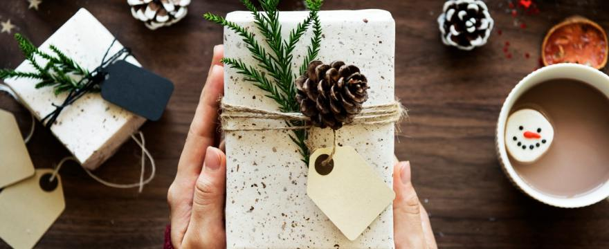Holiday Gift Giving: a Reasonable Approach