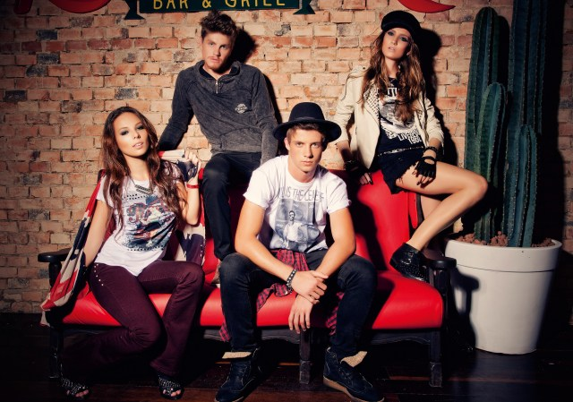 Pepsi - 131029 - Making Of  - Actnove Fashion Studio 2