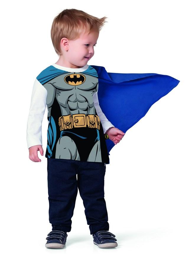 Fakini aposta também em peças que despertam o super-herói que existe nos pequenos. Imagem: Actonove Fashion Photography