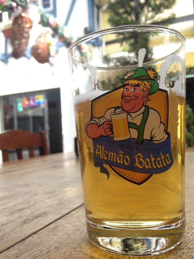 Cerveja Blumenau produziu a bebida para o Alemão Batata. Imagem: Divulgação