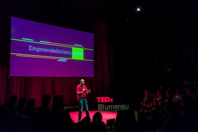 Menos de dois meses depois da edição 2016, TEDxBlumenau está confirmado para 2017. Imagem: Blink Studios