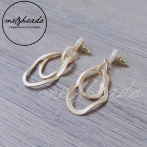 Freshwater Pearl Irregular Oval Matt Gold Dangle Stud Earrings