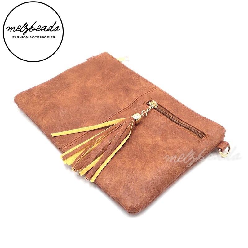 Brown Tassel Leather Clutch Shoulder Bag - Hana