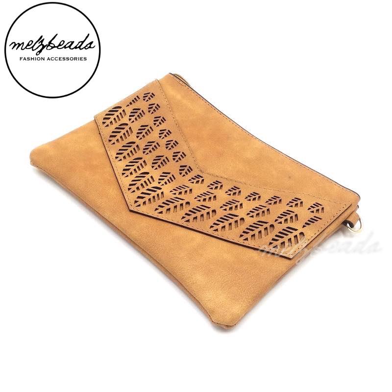 Brown Sand Leather Clutch Pattern Shoulder Bag - Jacinta