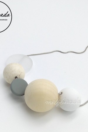 Natural Wooden Silicone Round Bead Necklace