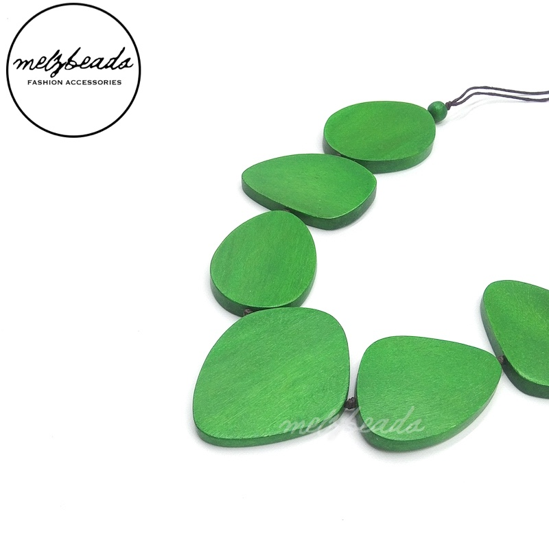 Green Leaves Wooden Necklace